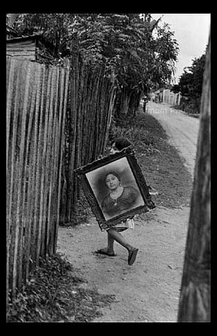 Decisive Moment. Photograph by Henri Cartier-Berisson, Mexico City, 1963.