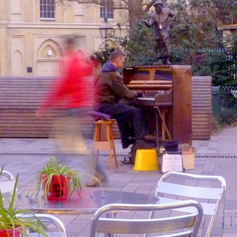 Piano player only 52kb
